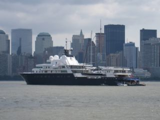 The Yacht In The Bay Le Grand Bleu Tours Of New York City By