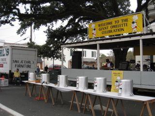 A-omelet festival